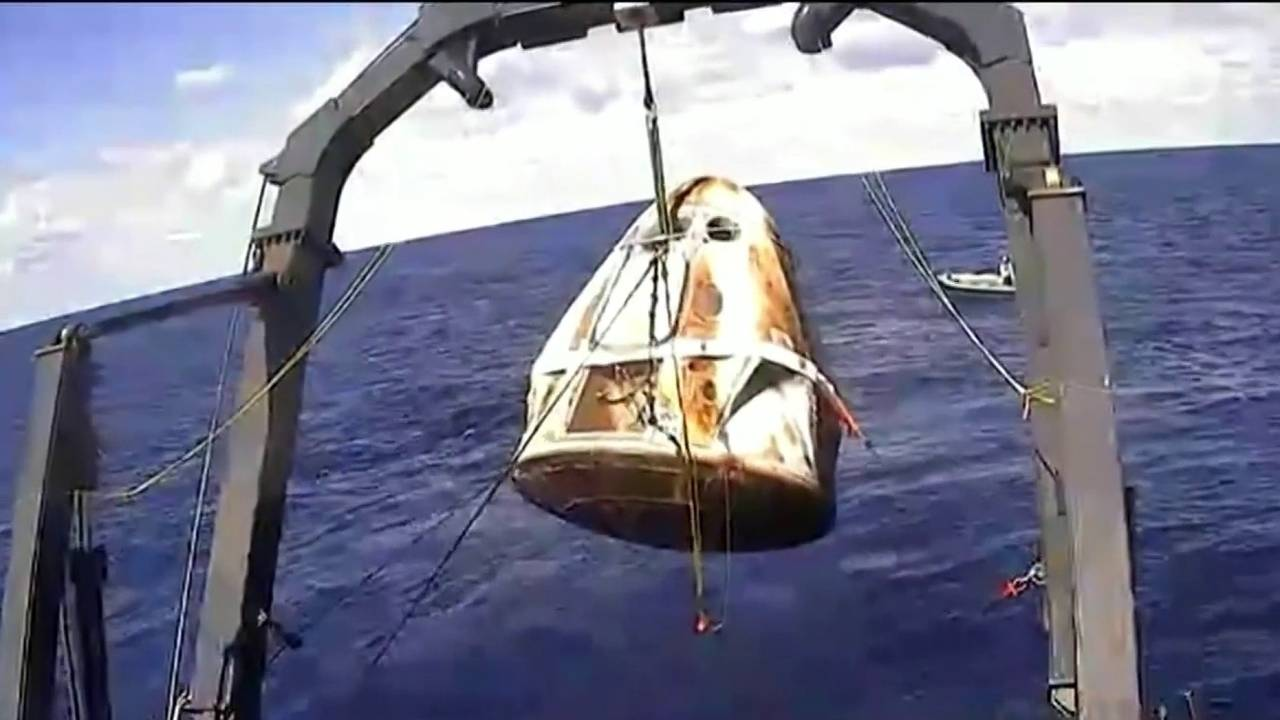 SpaceX Crew Dragon spacecraft completes first test mission, returning with splash down20190308234729.jpg