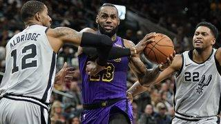 Spurs rally from down 12 in fourth quarter to beat LeBron James, Lakers