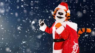 Detroit Tigers' Santa Paws to deliver holiday packages
