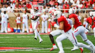 Bowman 605 yards, 5 TDs in Texas Tech 63-49 win over Houston