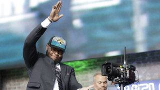 Jaguars trade up in second round to draft Jawaan Taylor