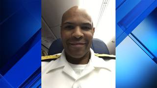 Surgeon general comes to aid of ill passenger at Fort Lauderdale airport