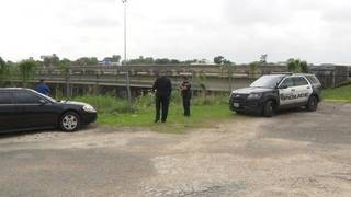 Man found dead in Brays Bayou in southeast Houston, police say