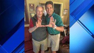 Bobby Bowden flashing 'The U' symbol riles FSU, Miami fan bases
