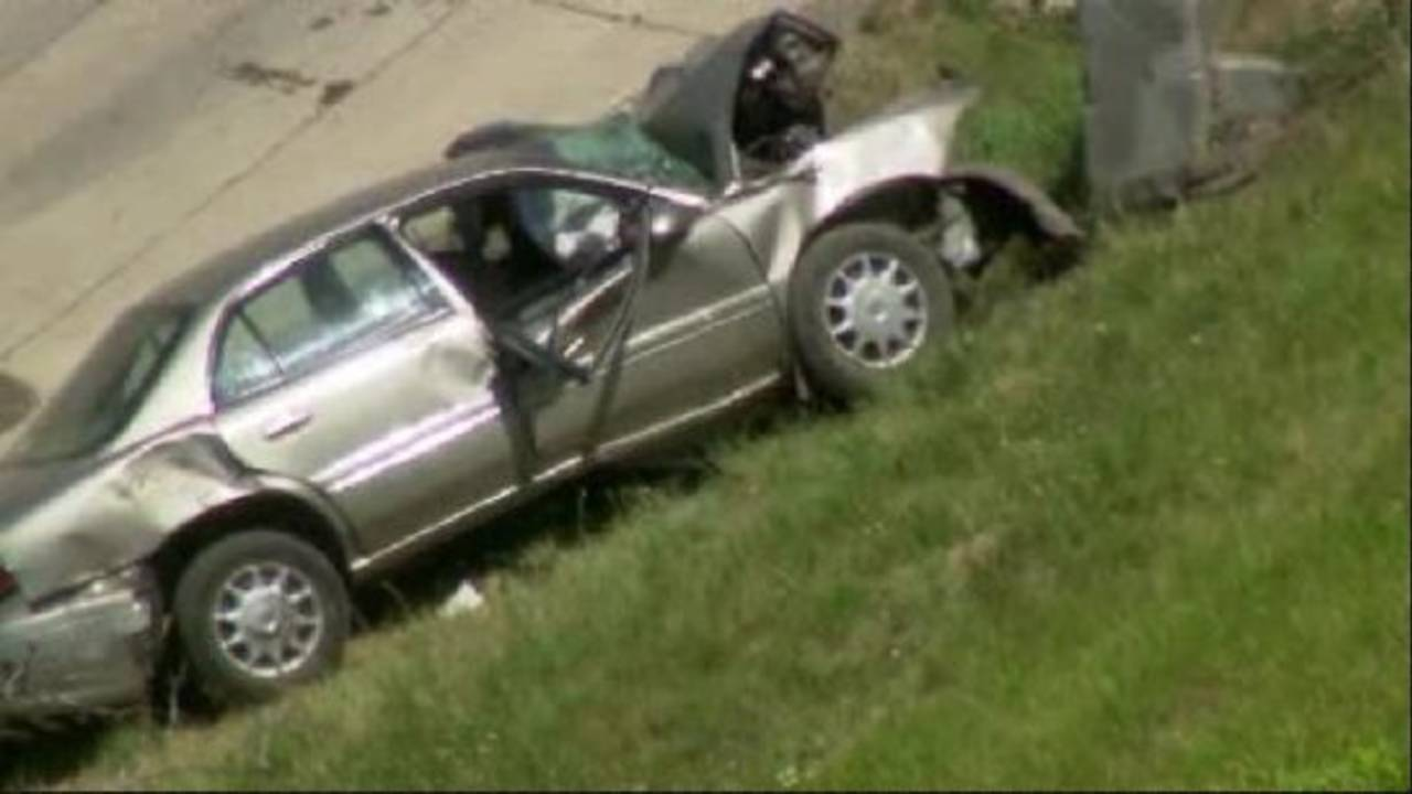 Woman dies, 3 others hurt when car slams into wall on I-96