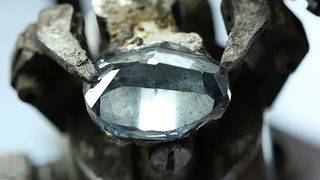 Botswana unveils blue diamond to rival Hope Diamond