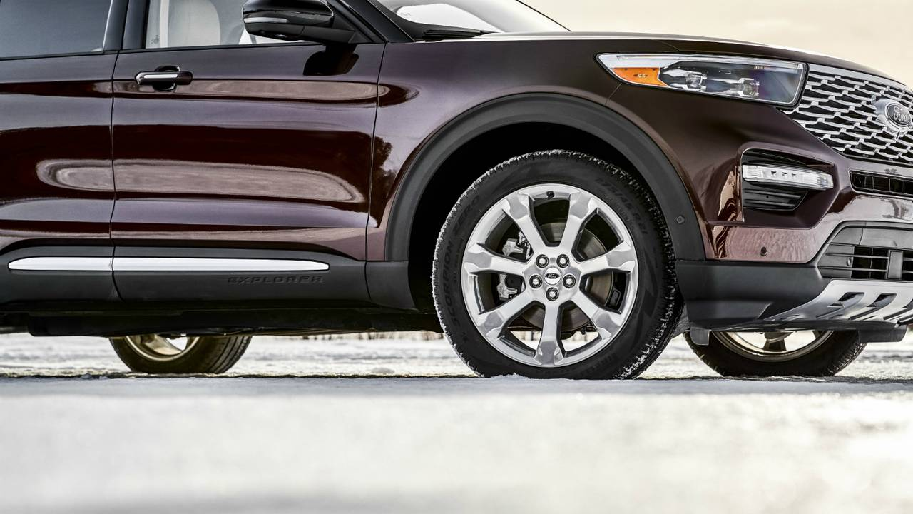 2020 Ford Explorer Platinum wheels_1547078426377.jpg.jpg