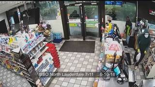 BSO releases surveillance video of serial robber