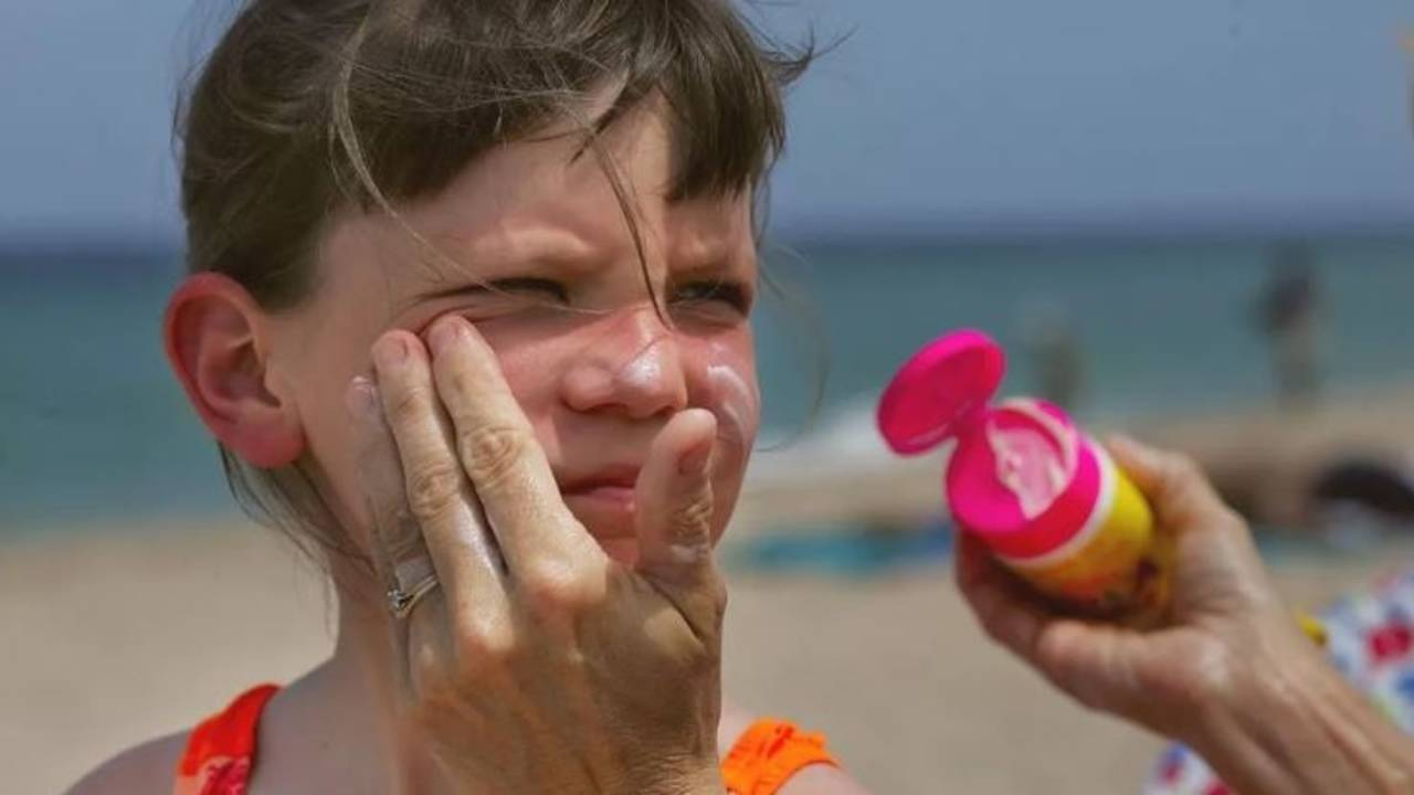 Experts name 14 most dangerous sunscreens for kids