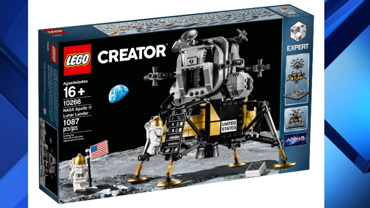LunarModuleLegobox_1562718925937.jpg