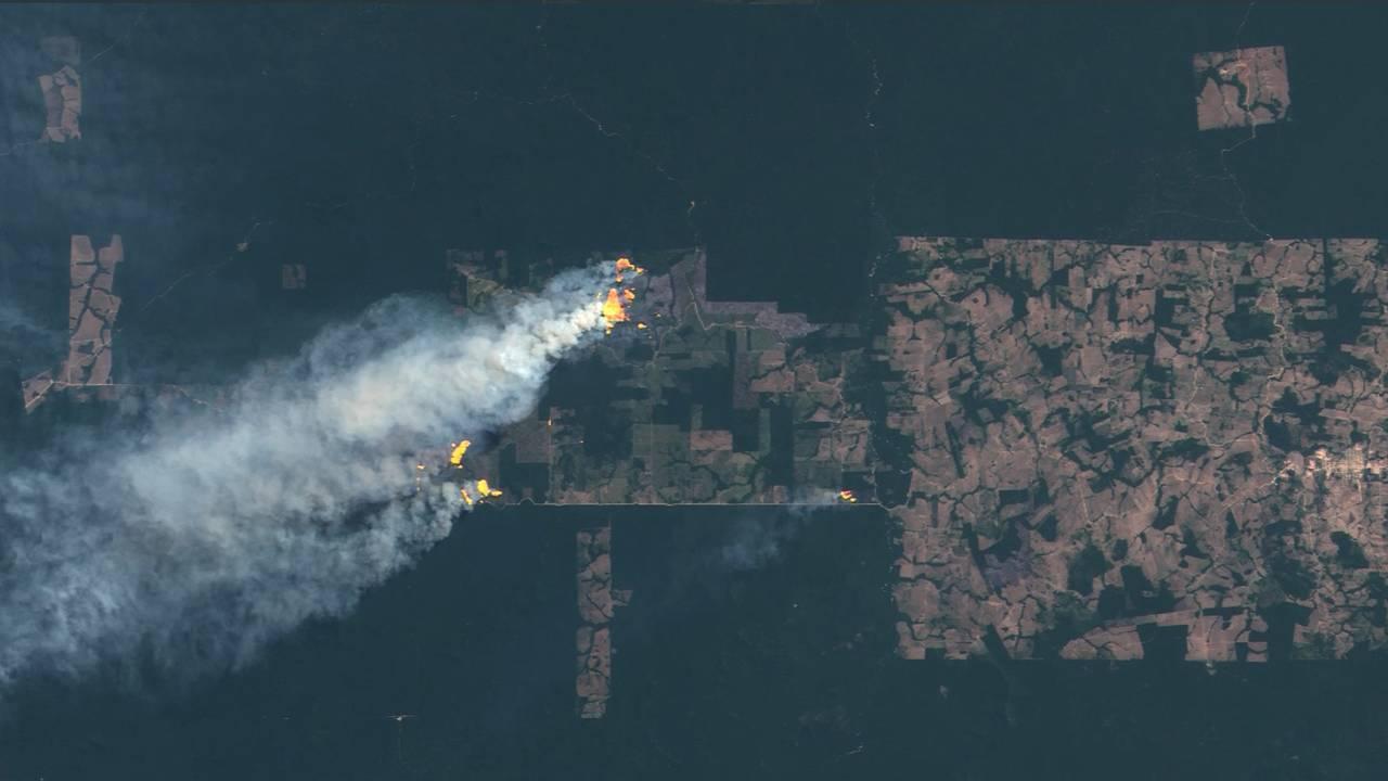 Amazon fire satellite_1566503950310.jpg-75042528.jpg73326755