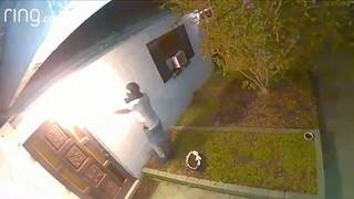Video shows man trying to break into Kissimmee home