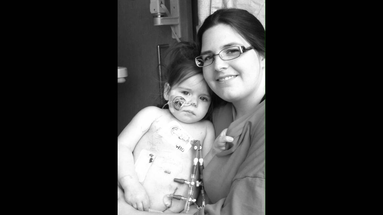 Momma-and-Arianna-after-transplant-jpg.jpg_31316172