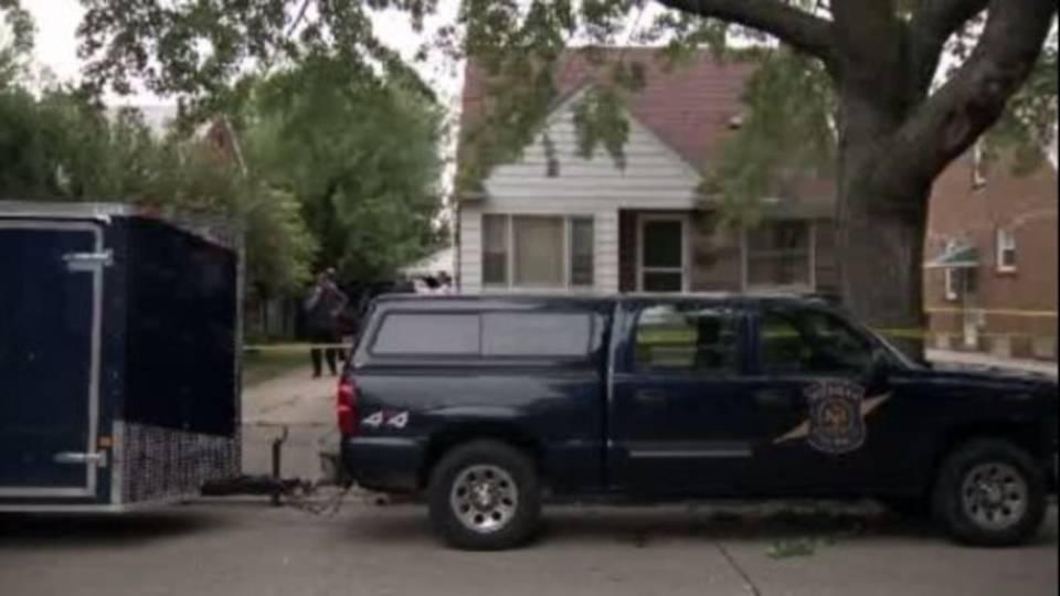 Police search Allen Park home_15614336