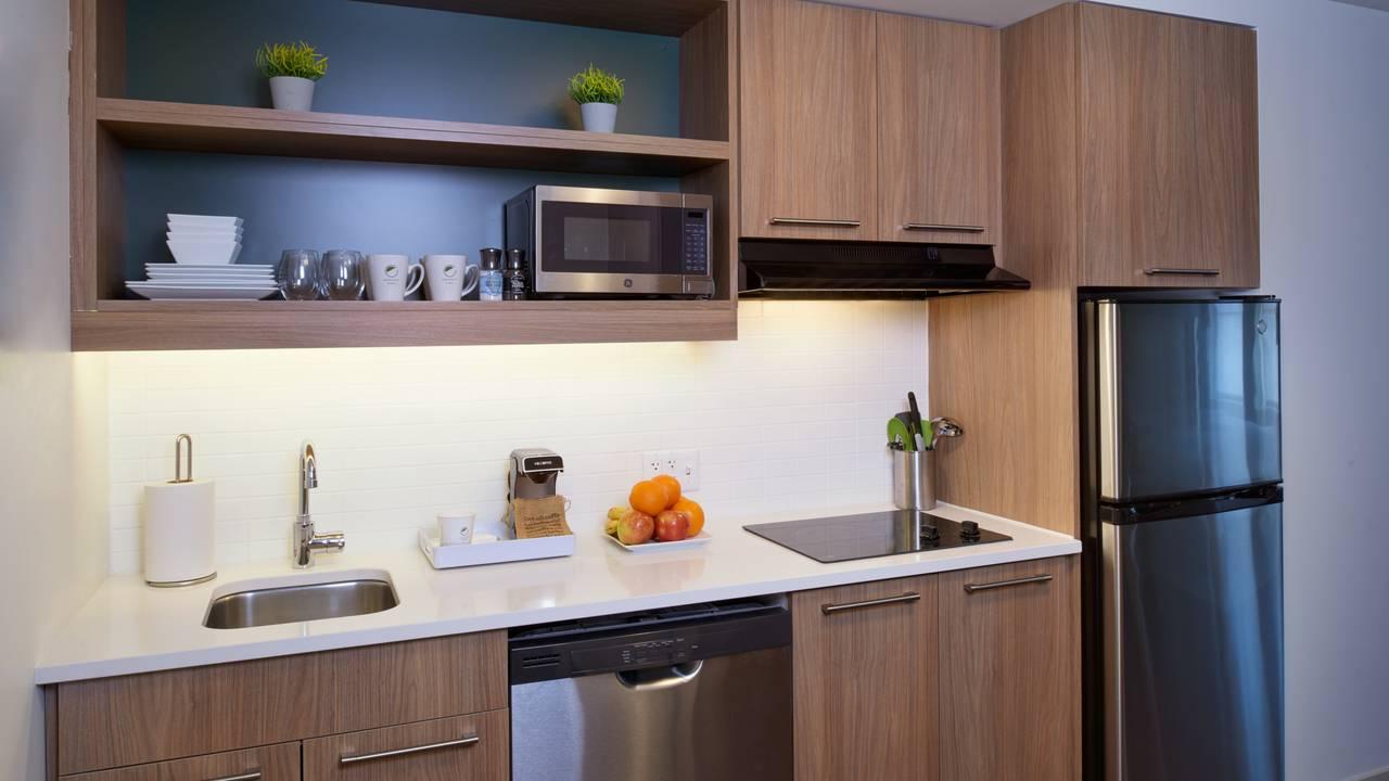 DTWEL_Studio Full Kitchen_STKG STQQ STEX STDO_1548076394141.jpg.jpg