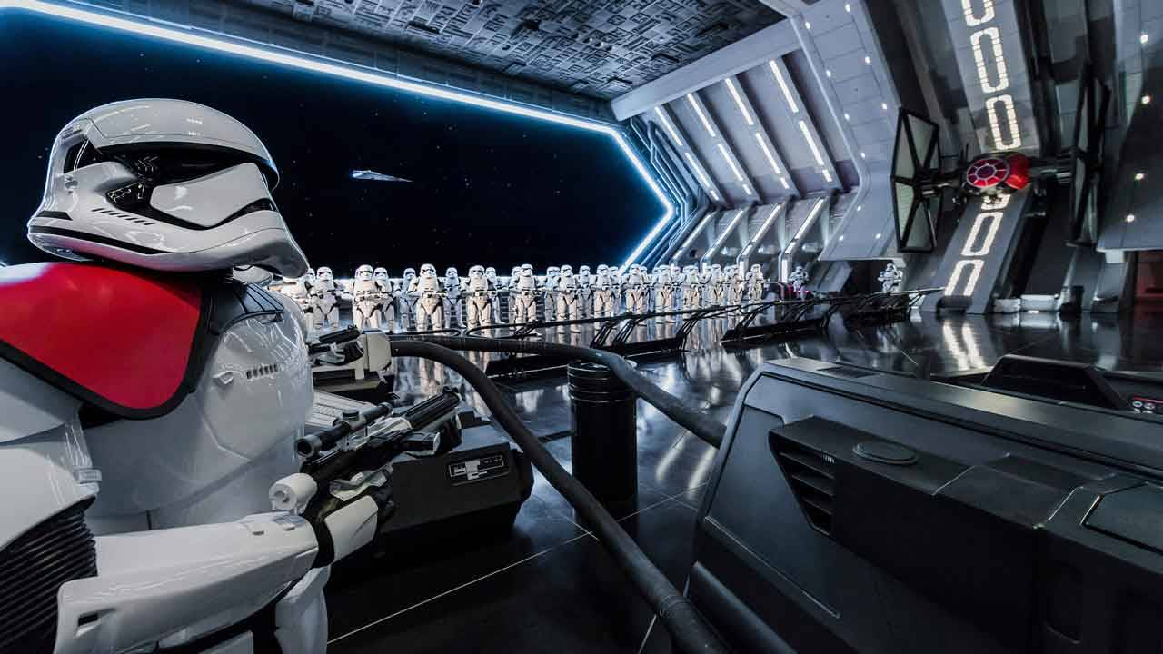'Star Wars Galaxy's Edge' Rise of the Resistance