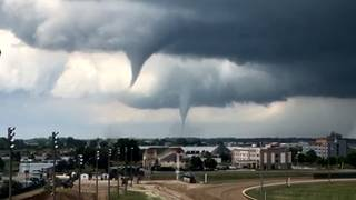 27 reported tornadoes rip through Iowa