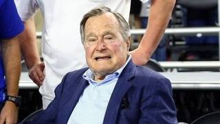 George H.W. Bush remains hospitalized&#x3b; doctors 'pleased' with progress