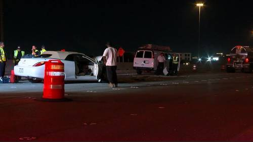 Off-duty officer injured while helping crash victim on Highway 290