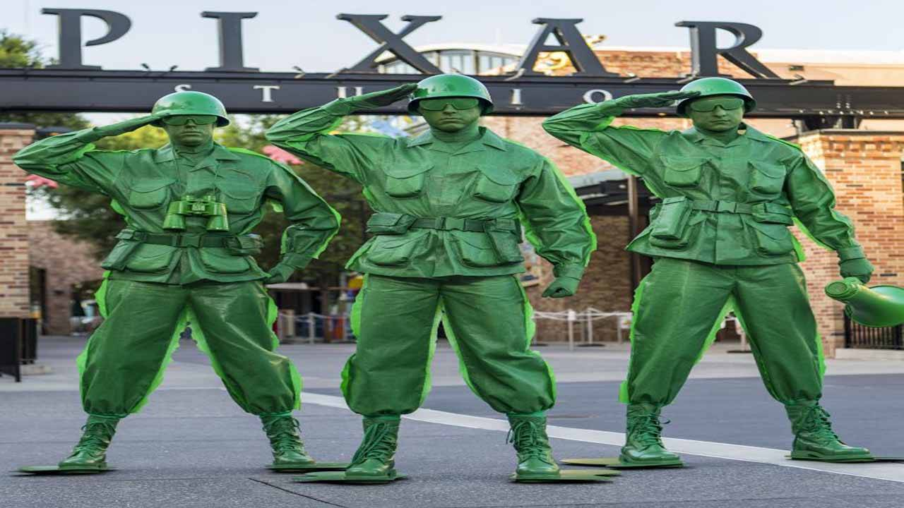 Green army men_1530032527872.jpg.jpg