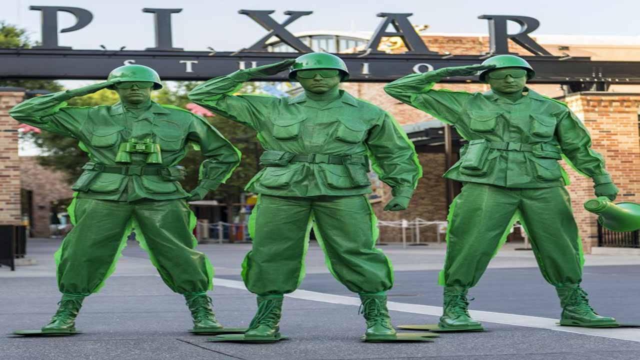 Green army men_1530032527872.jpg.jpg