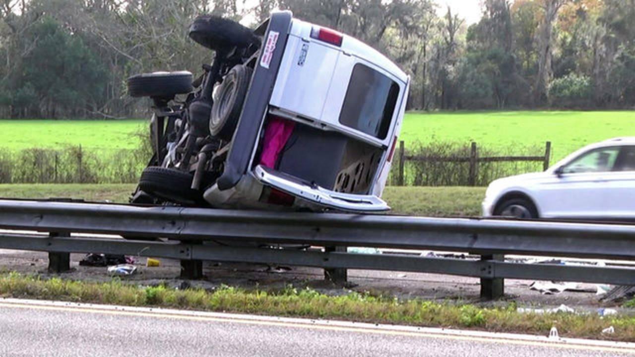 Van-crash-best_1544911794087.jpg