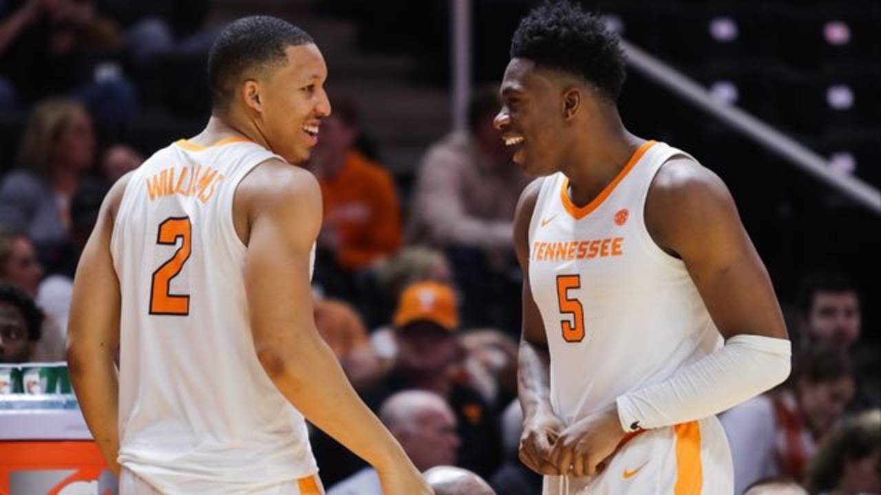 Grant Williams and Admiral Schofield Tennessee basketball 2019