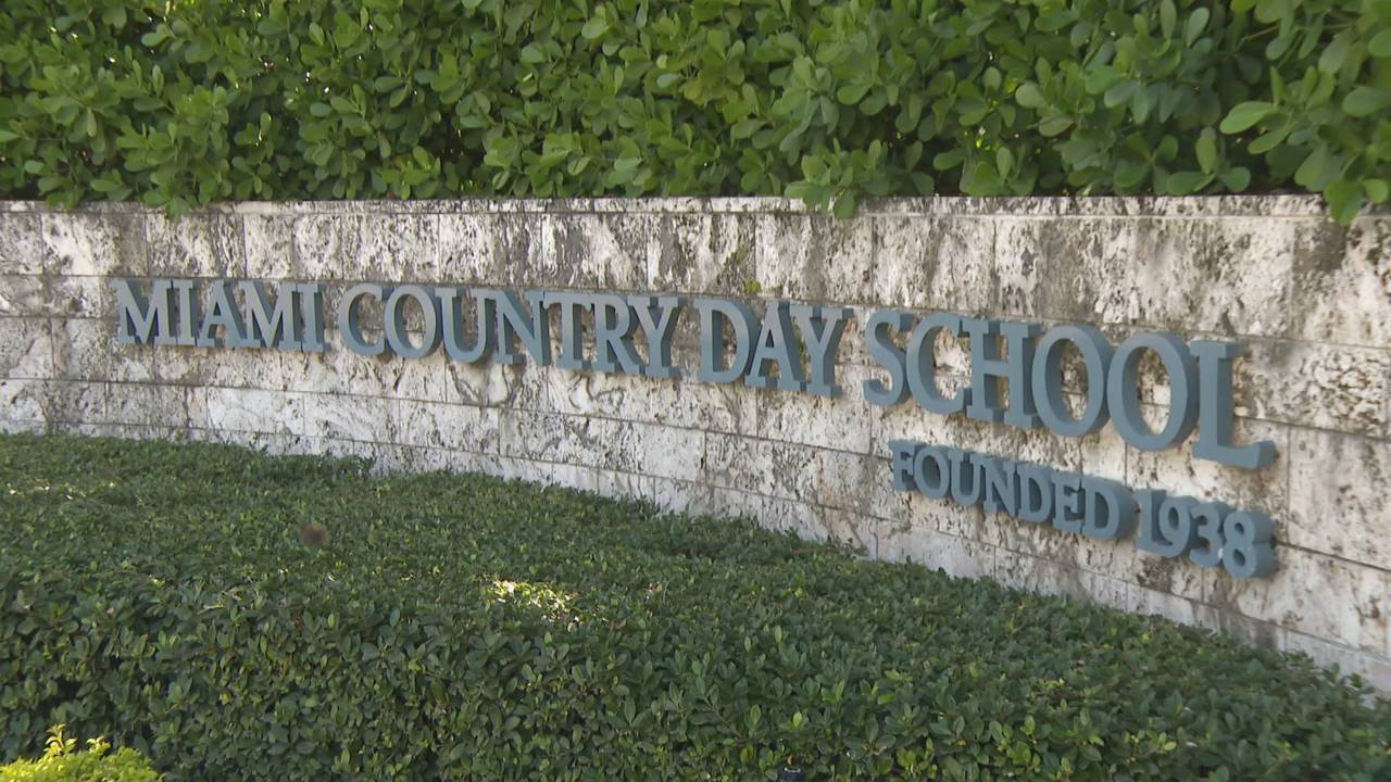 Miami Country Day School sign