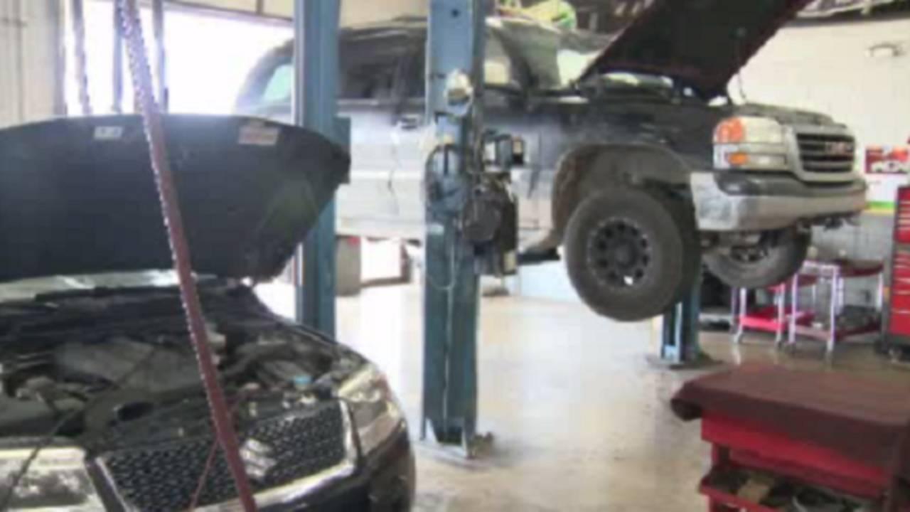 Car repair_34363398