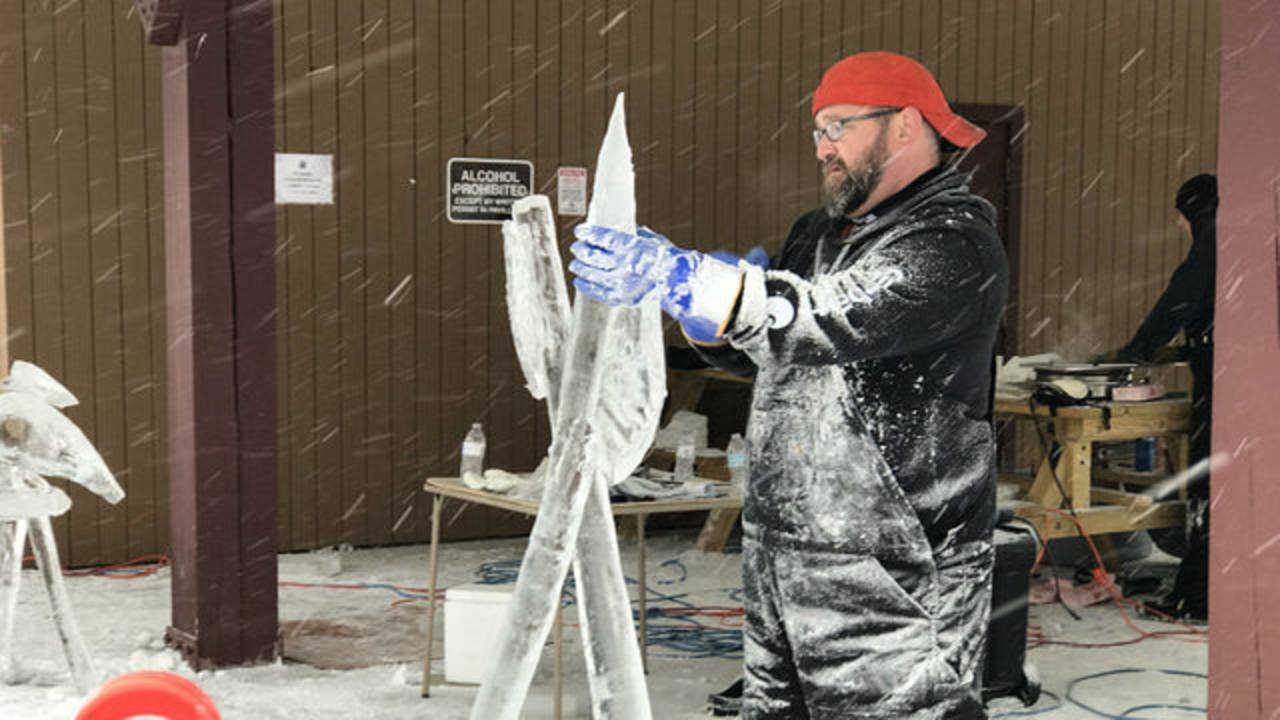 Ice Carving Festival Ann Arbor work