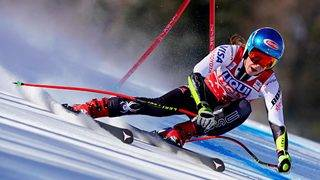 Lindsey Vonn considers immediate retirement as injuries take their toll