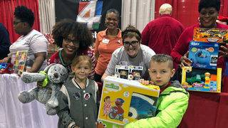 PHOTO Gallery: Children's Christmas Party of Jacksonville
