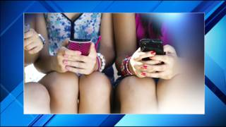 Thousands of apps illegally collecting information on kids