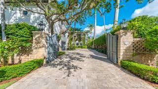 Go inside Mike Piazza's Italian villa-style estate