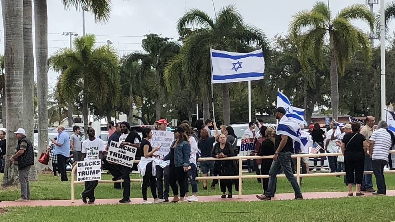 Hallandale Beach protest over anti-Muslim comments