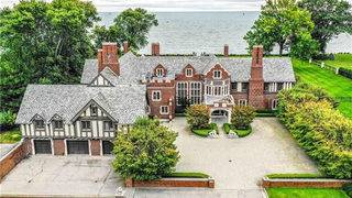 Lakefront Grosse Pointe Park estate with 14 bathrooms lists for $7M