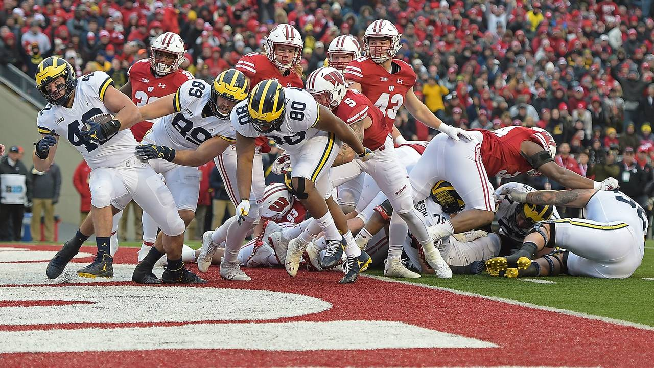 Ben Mason touchdown Michigan football vs Wisconsin 2017