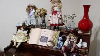 Slideshow: Photos of alleged haunted items