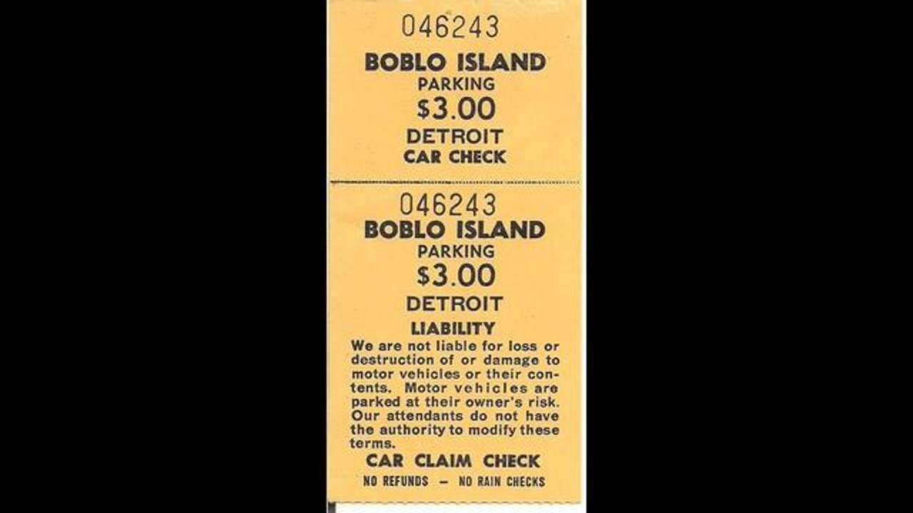 Boblo_Island_1988_1484085012667.jpg