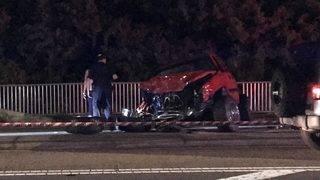 1 killed in crash on Hodges Boulevard