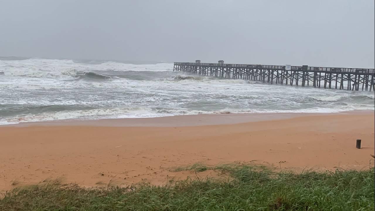 Flagler-Beach-surf Dorian
