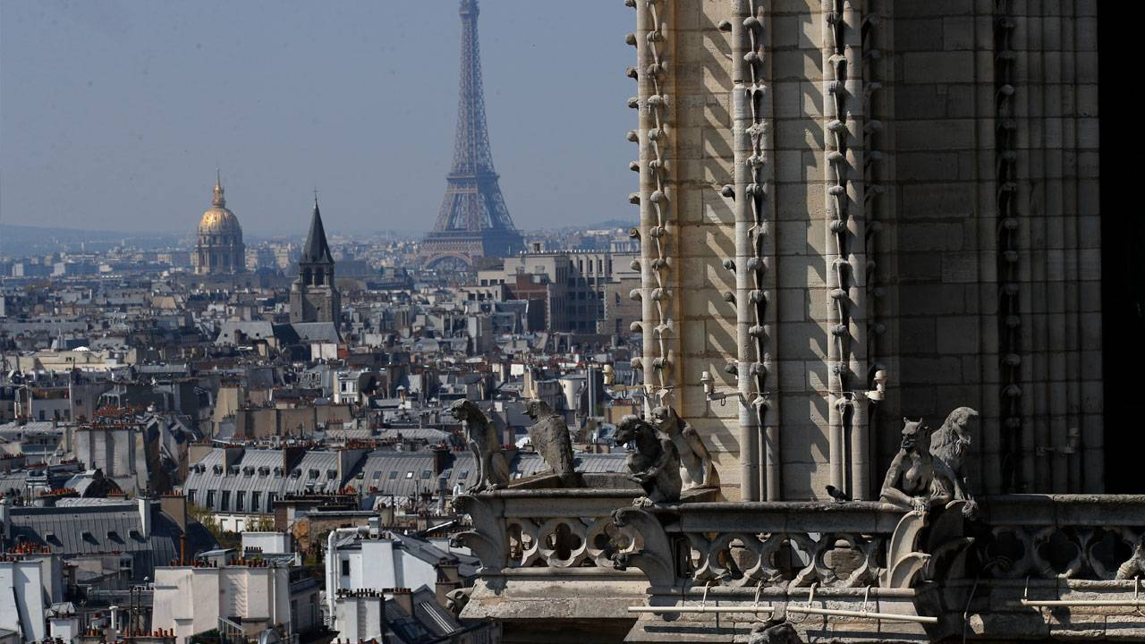 Notre-Dame-spire_1555355567546.jpg