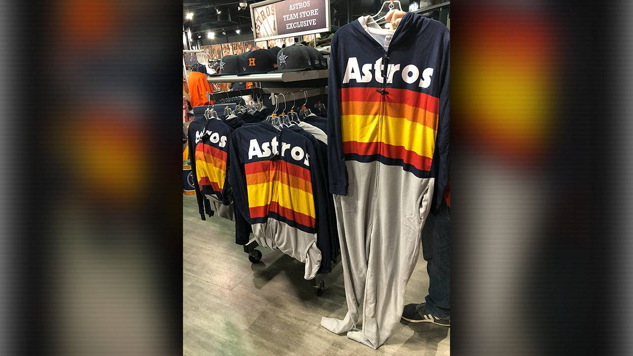 Astros Fans If You Like The Kate Upton Sweater Youll Love