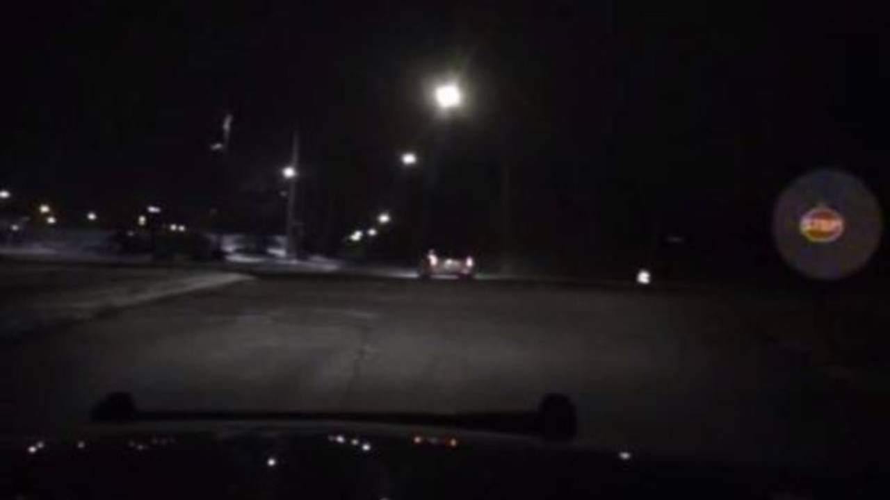 Stop sign in Inkster violent video_31986698