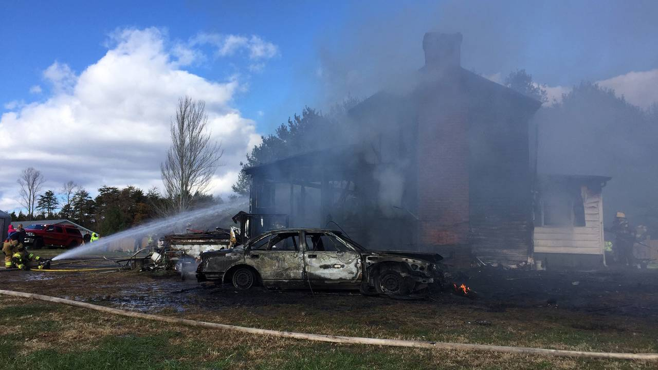 Gretna-double-fatal-fire-Colter_1542733630027.jpg