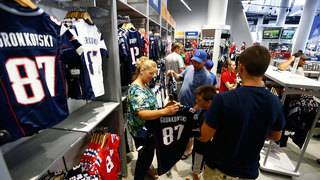 NFL jersey sales thrived during bad year for league