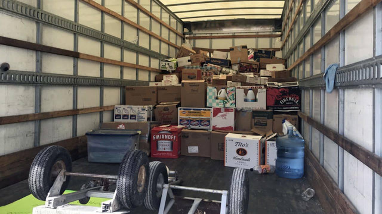 092218-full-Box-truck_1537639378980.jpg