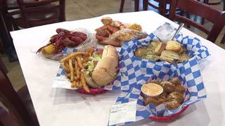 A smashin' good time with Cajun seafood is served up at North Side restaurant