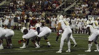 McGough leads comeback as FIU tops Charlotte, 30-29