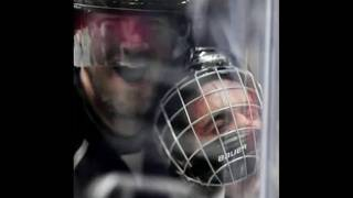Photo of Justin Bieber being checked at hockey game goes viral